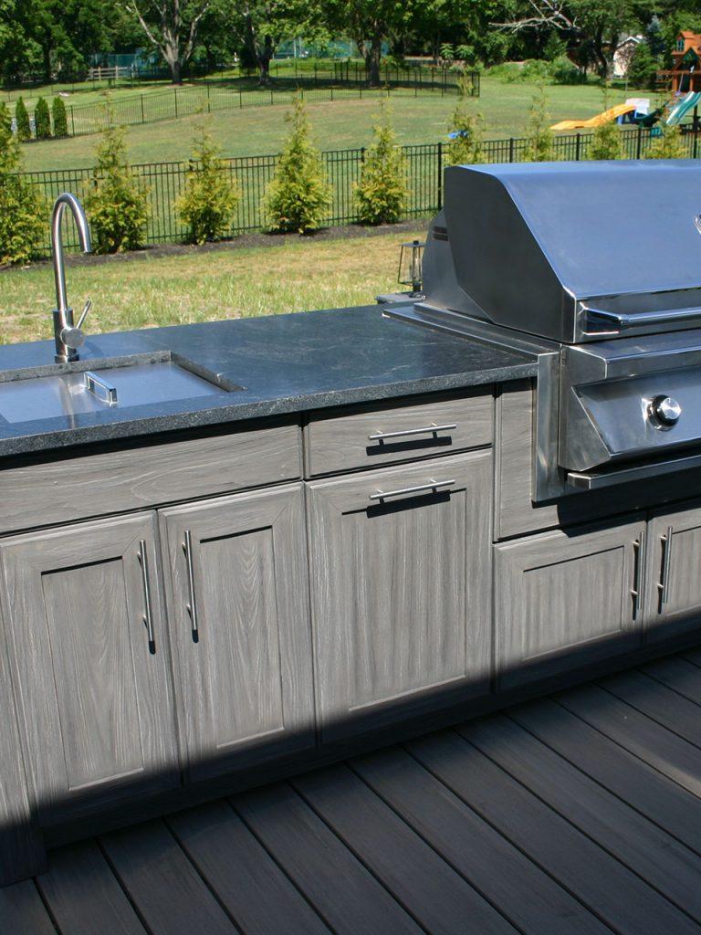 Outdoor Kitchens 1
